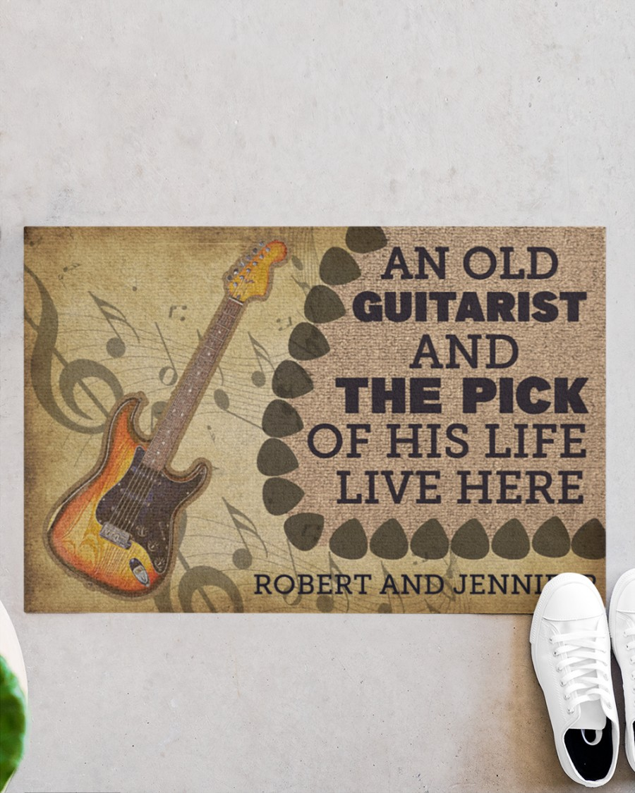 An old guitarist and the pick of his life live here doormat 21