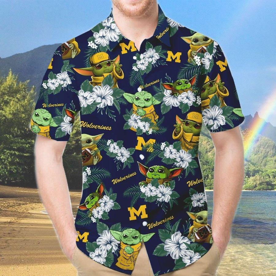 Michigan Wolverines Yoda Hawaiian And Beach Short 2