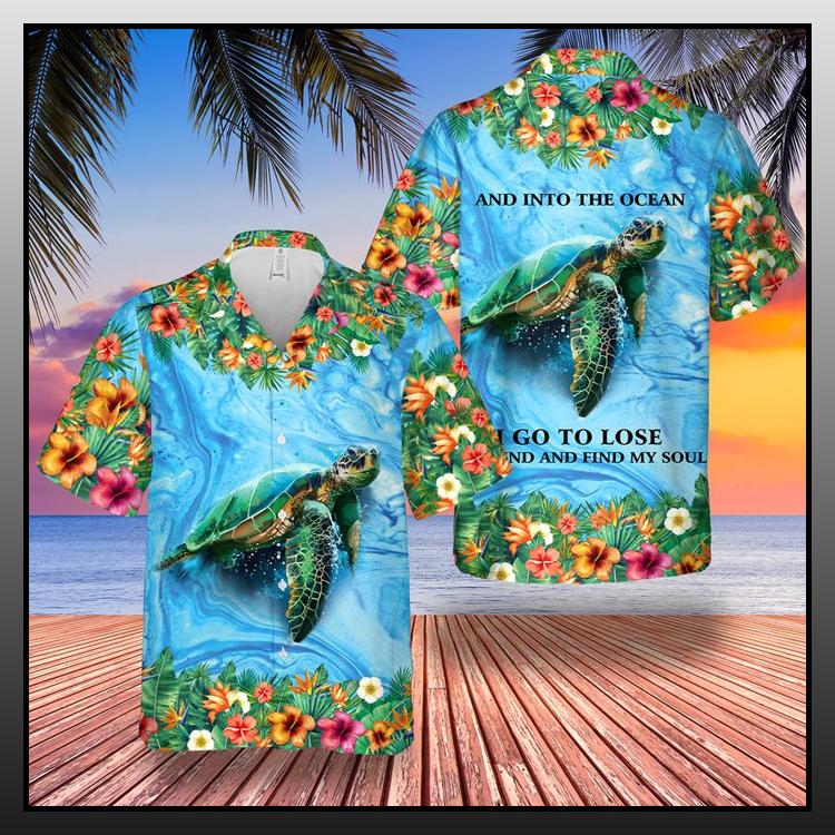 18 Sea Turtle And Into The Ocean Hawaii Shirt 2
