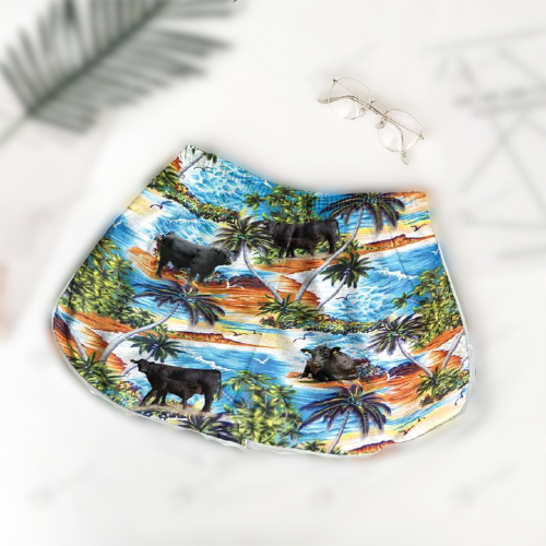 Angus Black On Beach Hawaiian shirt and shorts1