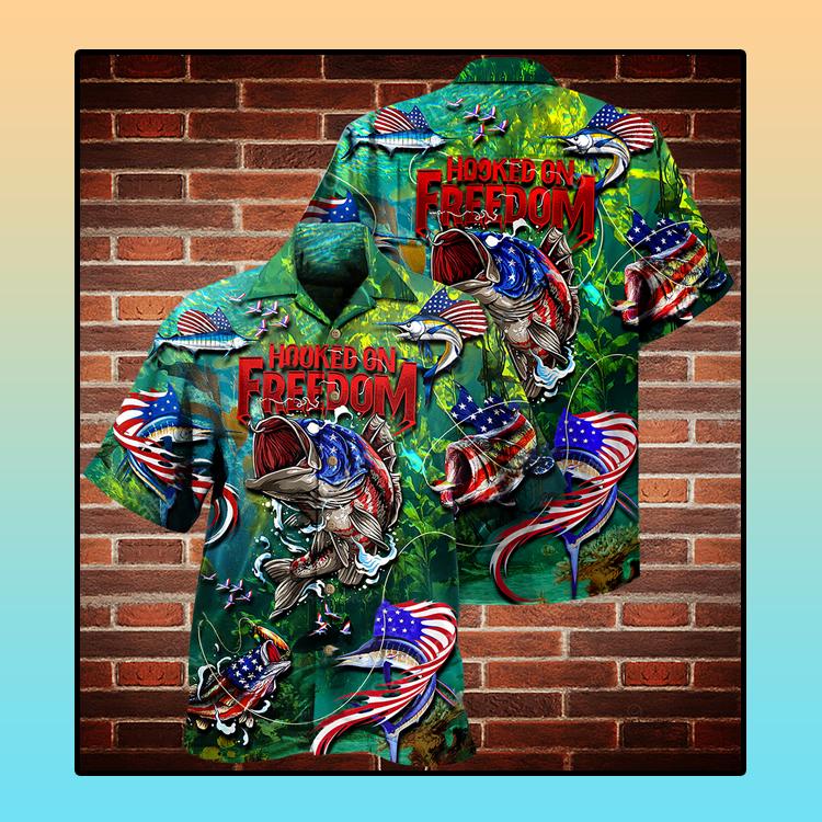 Fishing American flag hooked on freedom Hawaiian shirt4