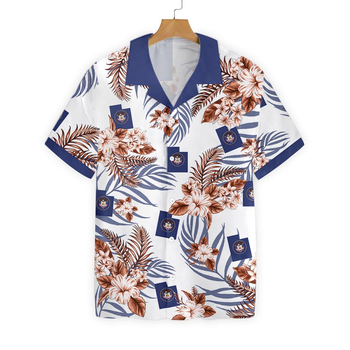 TOP HAWAIIAN SHIRT FOR MEN IN JULY 18