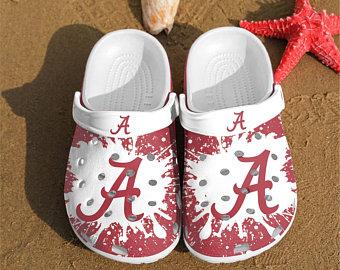 Alabama Crimson Tide croc crocband shoes