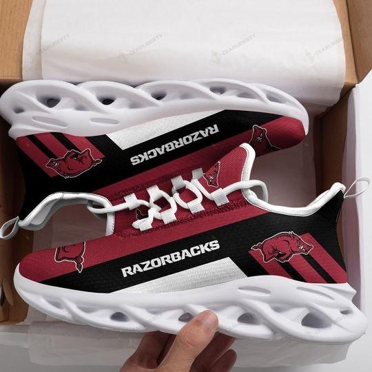 Arkansas razorbacks max soul clunky shoes1