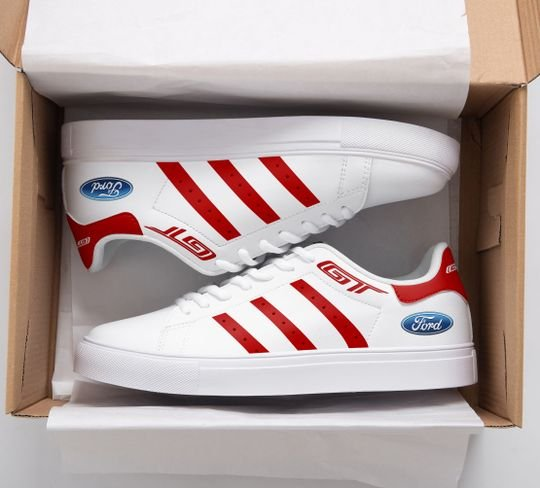 Ford GT Stan Smith 2