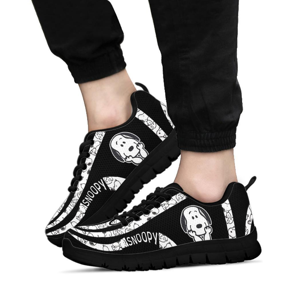 Snoopy running sneaker shoes1